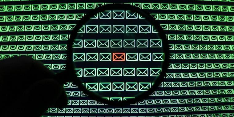 Quelle: http://www.paz-online.de/Nachrichten/Medien/Netzwelt/Phishing-Mail-mit-diesen-Tipps-erkennen-Sie-Cyberangriffe