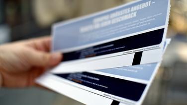 Quelle:  https://www.ndr.de/nachrichten/niedersachsen/lueneburg_heide_unterelbe/Ticketbetrug-Ermittlungen-gegen-Lueneburger-Agentur,ticketbetrug100.html