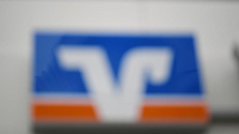 Quelle: https://www.morgenpost.de/wirtschaft/article226185491/Betrugsfaelle-Volksbank-sperrt-Zahlungen-an-N26-und-Co.html