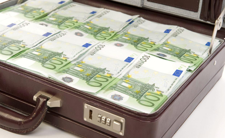 Quelle:  https://www.capital.de/wirtschaft-politik/wie-sich-die-finanzbranche-gegen-betrug-wappnet